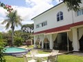 vacation-rental-5-bedroom-compound-small-2