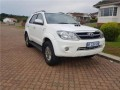 2007-toyota-fortuner-30-d-4d-raised-body-small-2