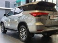 19-toyota-fortuner-28-gd-6-4x4-at-small-5